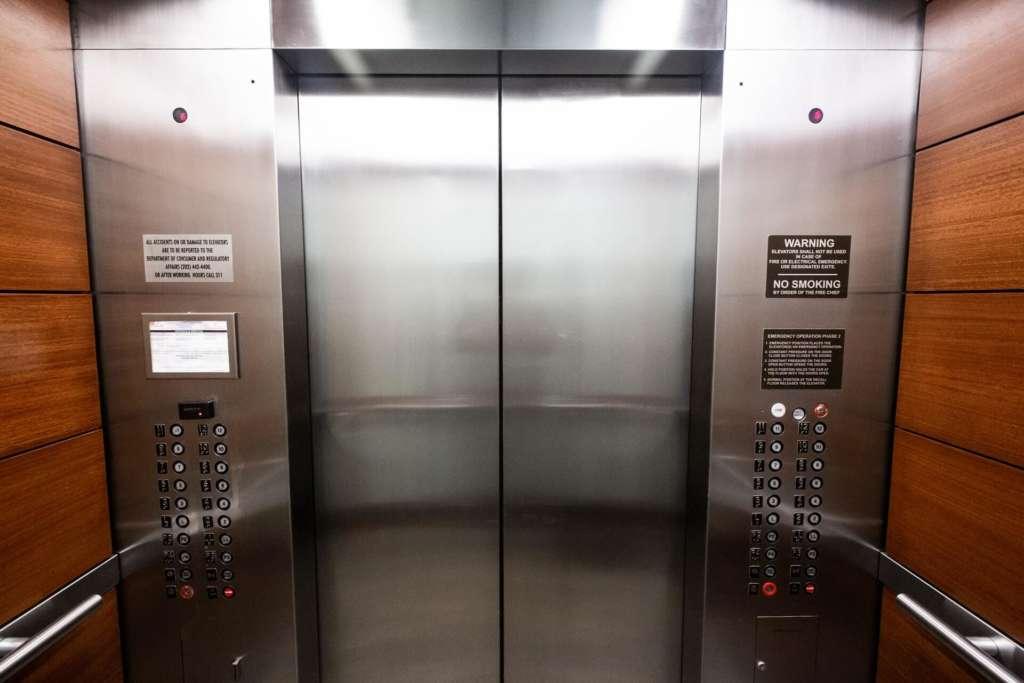 koszty utrzymania windy we wspólnocie mieszkaniowej